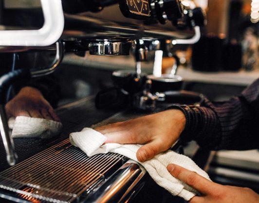 Mantenimiento de una cafetera