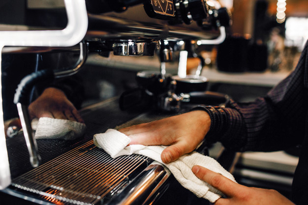 Tipos de mantenimiento de tu cafetera: DIARIO