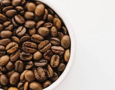 Qué hace la cafeína en nuestro cerebro