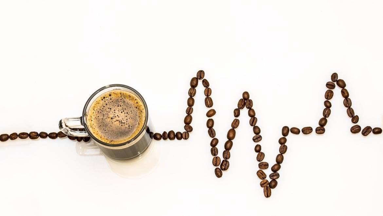 Alimentos y bebidas naturales con cafeína