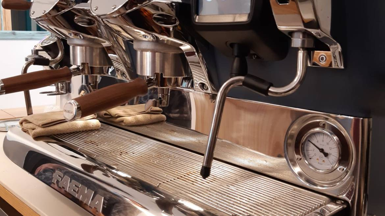 Ahorra dinero con una cafetera más eficiente