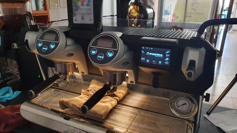El tostador Two Coffee, ya con su FAEMA
